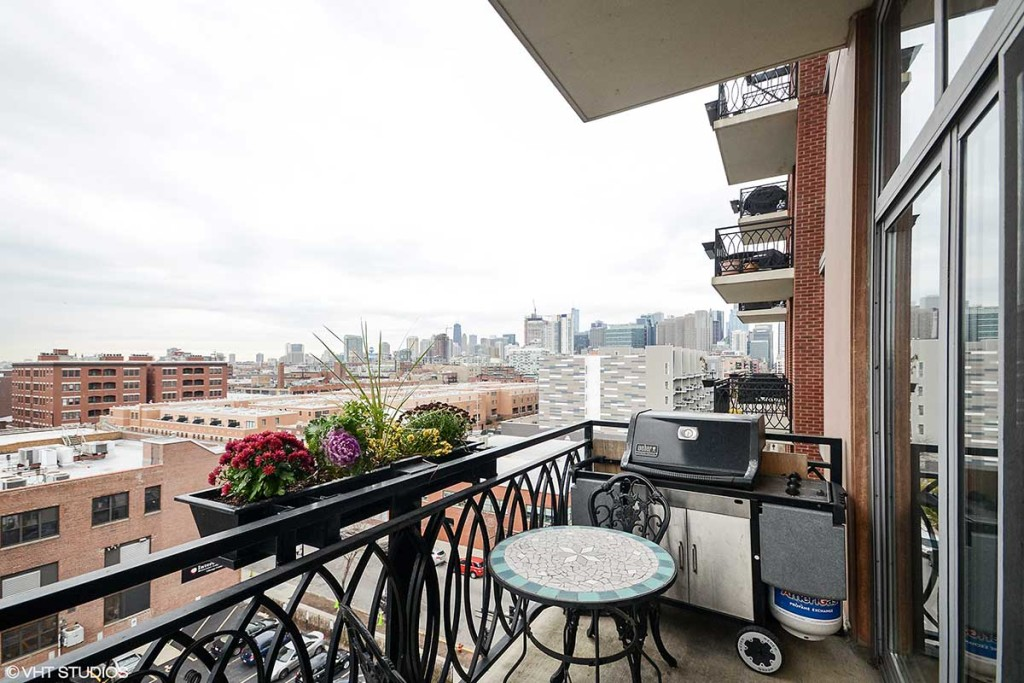 1201 W Adams, Apt 702, Chicago, IL